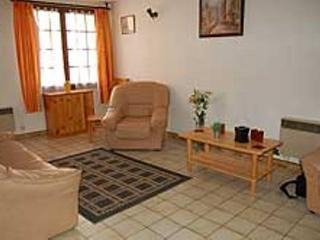 Comfortable 3 bedroom Capestang Villa with Satellite Or Cable TV - Capestang vacation rentals