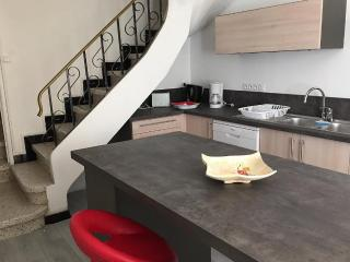 2 bedroom Villa with Satellite Or Cable TV in Nissan-lez-Enserune - Nissan-lez-Enserune vacation rentals