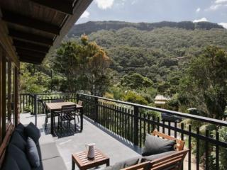 Charming 3 bedroom House in Coalcliff with Internet Access - Coalcliff vacation rentals