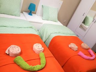 Résidence MuKen (apart 6) - Anderlecht vacation rentals
