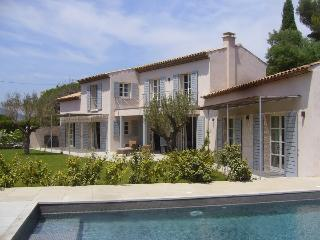 Modern six bed Villa in the heart of St Tropez. - Saint-Tropez vacation rentals