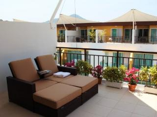 Lovely town house for family vacation - Kamala vacation rentals