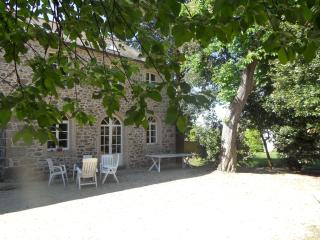 House Swimming pool center city - Saint-Malo vacation rentals