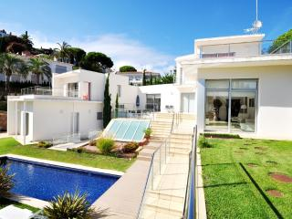 Villa Tortuga Diamond House- C025 - Lloret de Mar vacation rentals