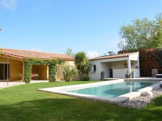 Lovely 4 bedroom Villa in Saint-Drezery - Saint-Drezery vacation rentals