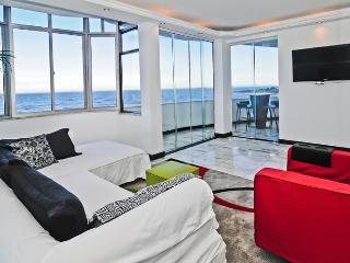 Olympics : Ocean view 2 bedrooms Apartment - Rio de Janeiro vacation rentals
