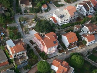 Beautiful 1 bedroom Condo in Vrboska - Vrboska vacation rentals