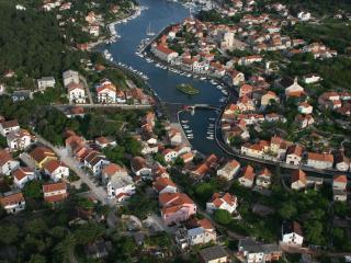 Apartmant with Garden - Vrboska vacation rentals