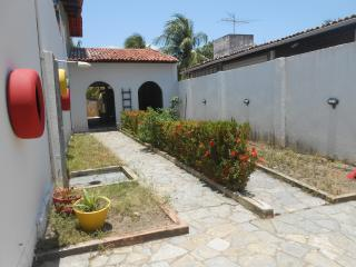 Nice House with Washing Machine and Television - Paripueira vacation rentals