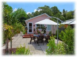 50% Off Sale! Cute Bungalow! Walk To Everything! - Sarasota vacation rentals
