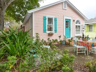 Nice House with Internet Access and Dishwasher - Sarasota vacation rentals