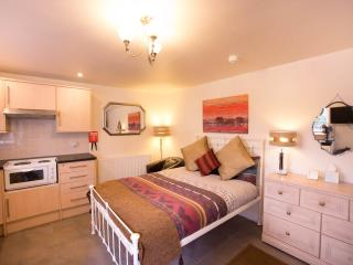 Romantic 1 bedroom Condo in Stratford-upon-Avon - Stratford-upon-Avon vacation rentals