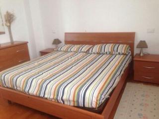 Bright 3 bedroom Condo in Borgomaro with Internet Access - Borgomaro vacation rentals