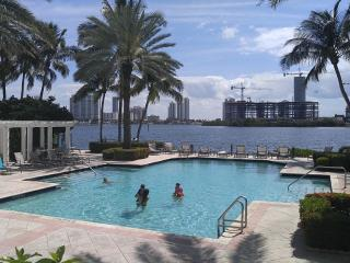 Luxury 2/2 Condo 'Model Unit' In Aventura - Coconut Grove vacation rentals