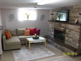 Basement apartment with full comfortable equipment - Toronto vacation rentals