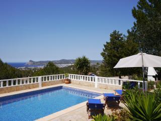 Gemütlihes Haus mit Meerblick - Sant Josep De Sa Talaia vacation rentals