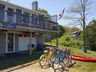 Beautiful Home close to town, beaches, & Nightlife - New Shoreham vacation rentals