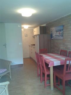 Appartamentino piano terra, ottima posizione - Marina Romea vacation rentals