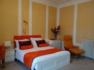 Coté COUR - Vichy vacation rentals