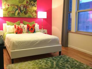 Renovated 1 bedroom in the Heart of NYC - New York City vacation rentals