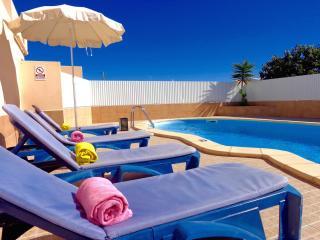 V2 Yucca - Olhos de Agua vacation rentals