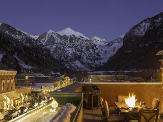 "Experience ""The RoofTop"", Cool Penthouse with awesome views and large deck - Telluride vacation rentals"