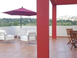 Ilha Tranquila 2/ 4 pers - Piscine - Alcantarilha vacation rentals