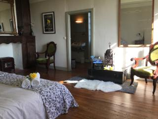 Bright Bed and Breakfast with Internet Access and Wireless Internet - Coudures vacation rentals