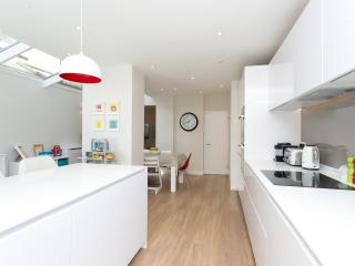 Bright London House rental with Internet Access - London vacation rentals