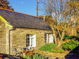 THE GARDEN APARTMENT, pet friendly, with a garden in Tintagel, Ref 2958 - Tintagel vacation rentals