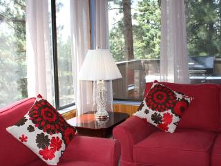 Peaceful. Close to Everything in South Lake Tahoe - Stateline vacation rentals