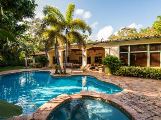 Gorgeous House with Television and Central Heating - Miami Shores vacation rentals