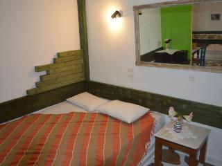 Aposperitis Rooms & Apartments : Apartment 9 - Kini vacation rentals