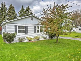 New Listing! Cheerful 2BR Houghton Lake Heights Cottage w/Fire Pit, Huge Private Yard & Great Location - Just 3 Doors Down from the Pristine Shores of Houghton Lake! - Houghton Lake Heights vacation rentals