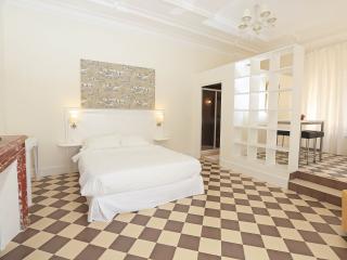 N3 Appartement dans château, piscine, bien situé - Marseille vacation rentals