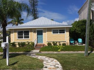 Sunshine Cottage, Historic Longbeach Village - Longboat Key vacation rentals