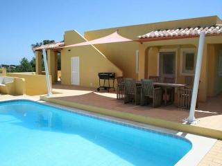 Vivenda Faria - Magnificent villa with private pool, walking distance to the beach. - Carvoeiro vacation rentals