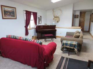 Country Mission Split Level Home near Downt Dubois - Dubois vacation rentals