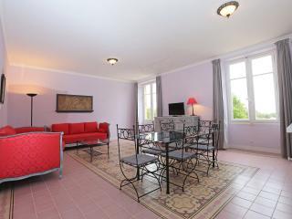 N6 Appartement dans château, piscine, bien situé - Marseille vacation rentals