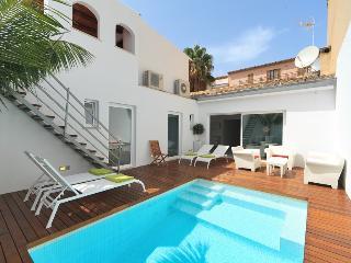 3 bedroom Villa in Puerto Pollença, Mallorca, Mallorca : ref 2086241 - Port de Pollenca vacation rentals