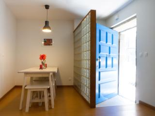 Casa S. Miguel 6 - Entire House Old Town Centre - Porto vacation rentals