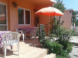 Bar, 1-Bedroom Apartment for 4 pax, 100m to beach - Bar vacation rentals