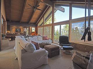 Spacious Chalet in Dollar Point - Tahoe City vacation rentals