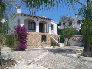 Casa Rosa - 2 bedroom villa with private pool. - Moraira vacation rentals