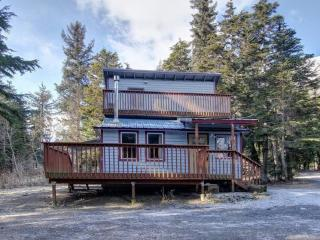 Cozy Private Cabin with Girdwood Charm! - Girdwood vacation rentals
