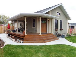 Charming 3 bedroom Cody House with A/C - Cody vacation rentals