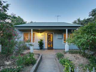One On Last - Beautiful  4 bed house in Beechworth - Beechworth vacation rentals