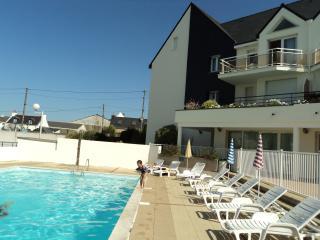 Studio cabine, piscine chauffée, port - Etel vacation rentals