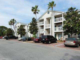Condo Perfect for Small Families - Destin vacation rentals