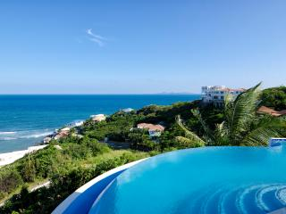 Ideal for Families & Groups, Private Pool, Short Drive to Dawn Beach & Restaurants - Dawn Beach vacation rentals